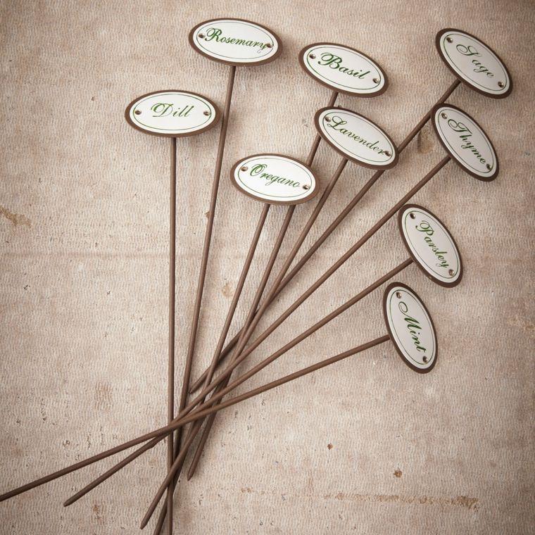 Jardin potager : faire des étiquettes pour vos plantes   Jardin ...