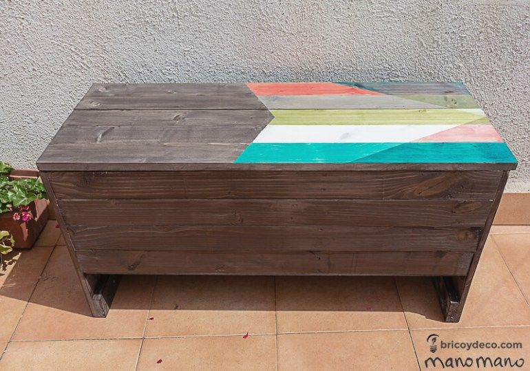 Outdoor Storage Bench DIY Step by Step Tutorial The