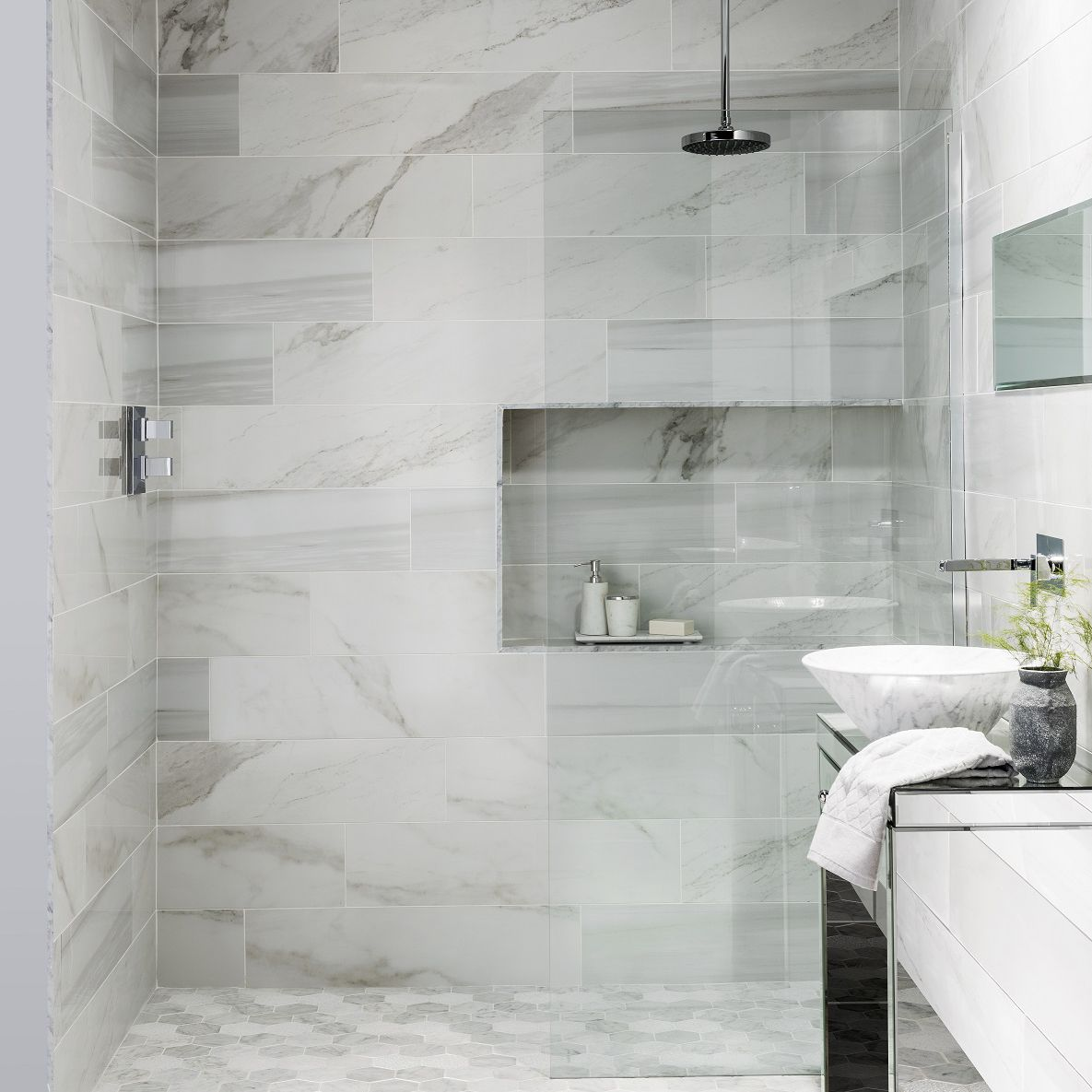 These Faux Marble Tiles Have Got Everyone Talking Marble Tile Bathroom Marble Bathroom Tile Bathroom