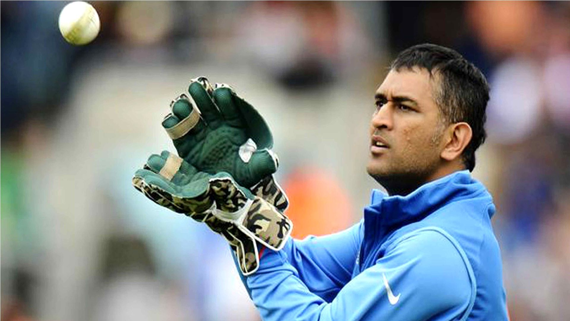 Download Photos Of Mahendra Singh Dhoni In Long Hair 1280 960 Ms Dhoni New Wallpapers 45 Wallpapers Adora Dhoni Wallpapers Ms Dhoni Wallpapers Dhoni Quotes