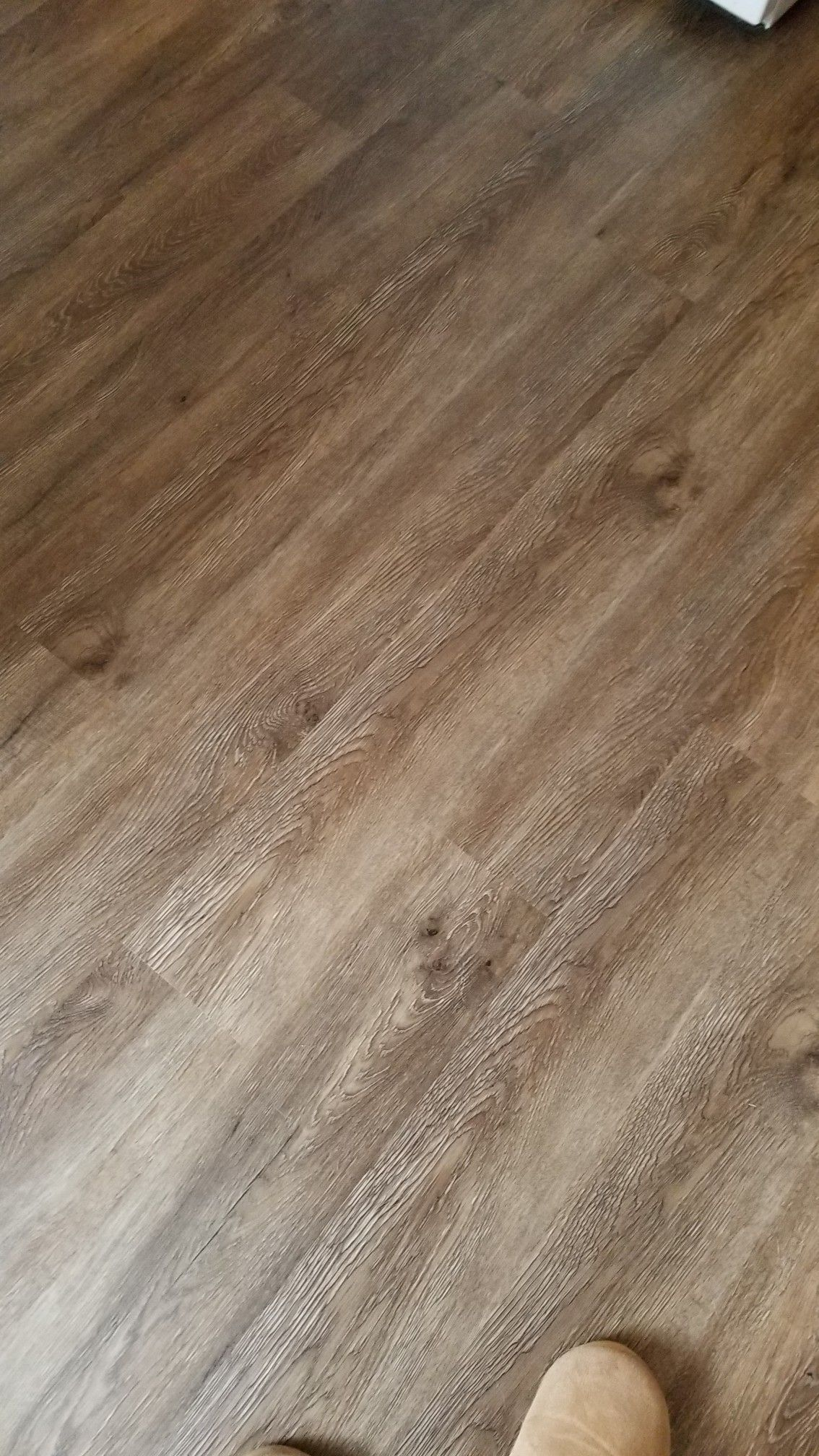 Beautiful Weathered Look With Warm And Cool Tones Vinyl Floor Lowes Durable Beautiful Cool Durable Fl In 2020 Vinyl Flooring Flooring Vinyl Plank Flooring
