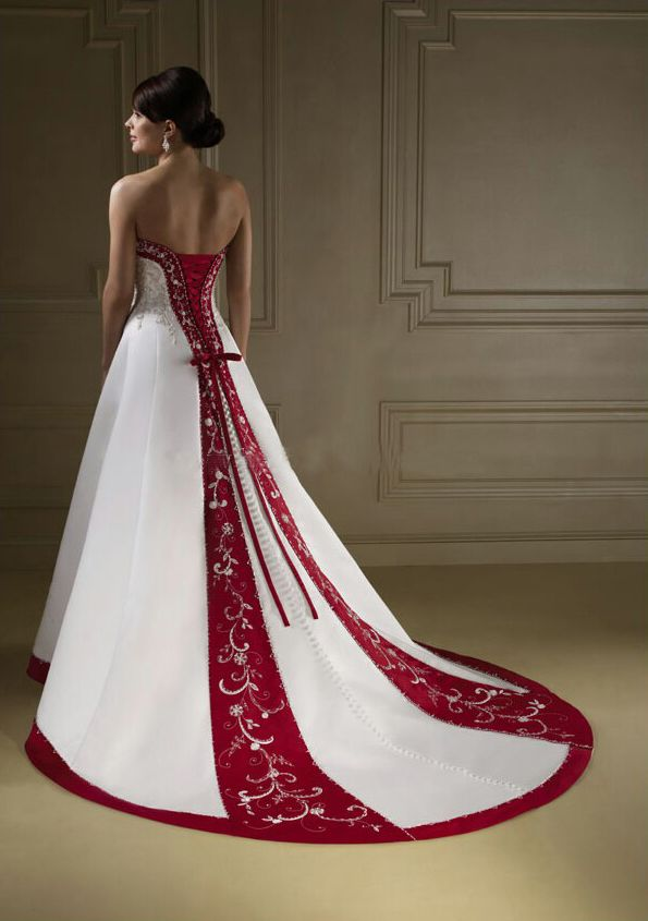 Robe de mariee princesse rouge et blanc