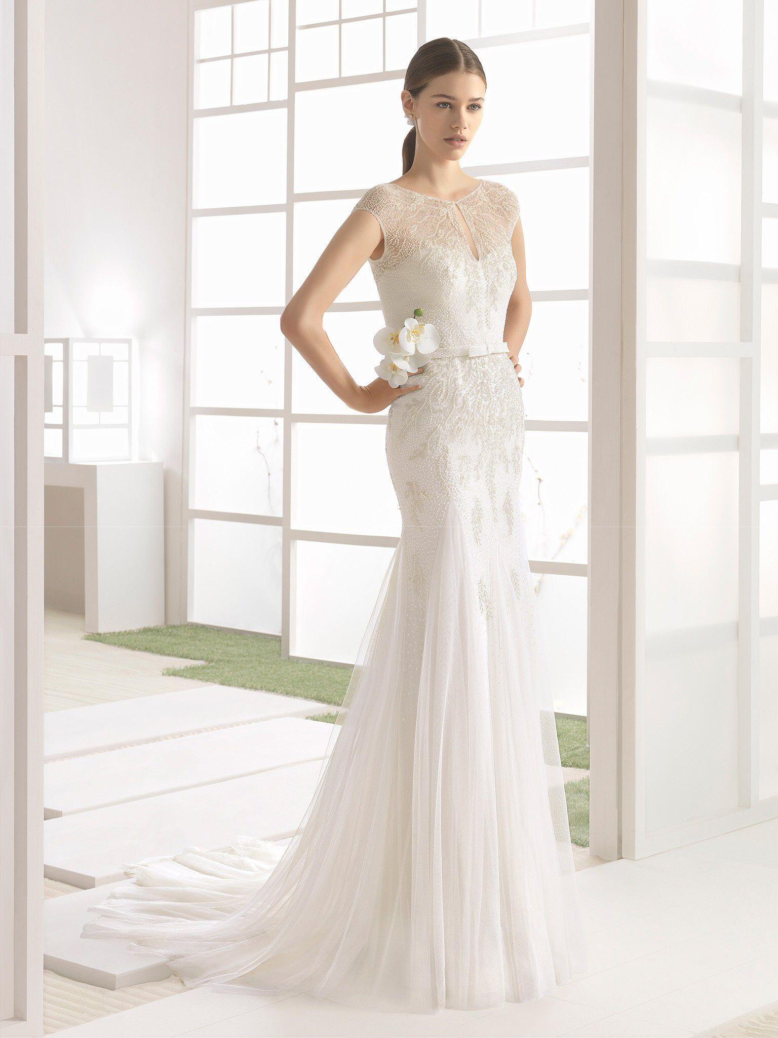 Famous wedding dresses  Pin by Maria Del Pilar Camargo Sanabria on Wedding dresses