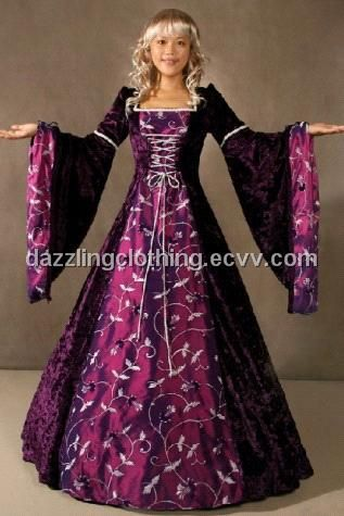1000  images about Dresses on Pinterest  Medieval gown Medieval ...