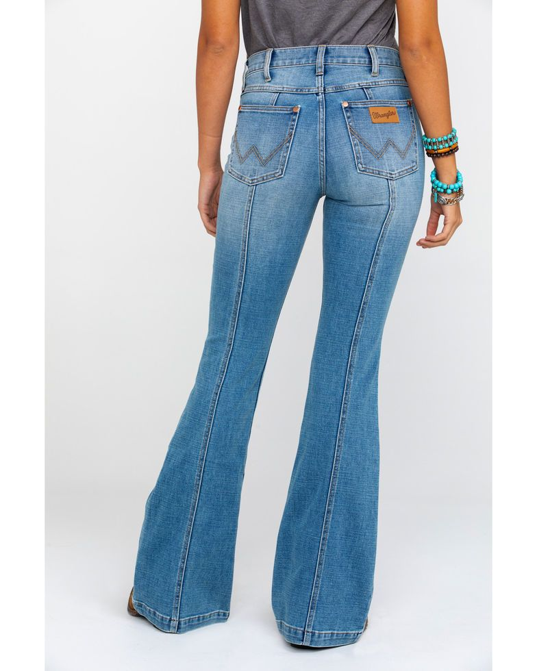 073fbc826 Wrangler Women's Heritage Seamed Light Flare Jeans in 2019 | Get in ...