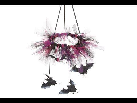Maak zelf een prachtige Halloween krans in Chica Vampiro thema - Vegaoo.nl