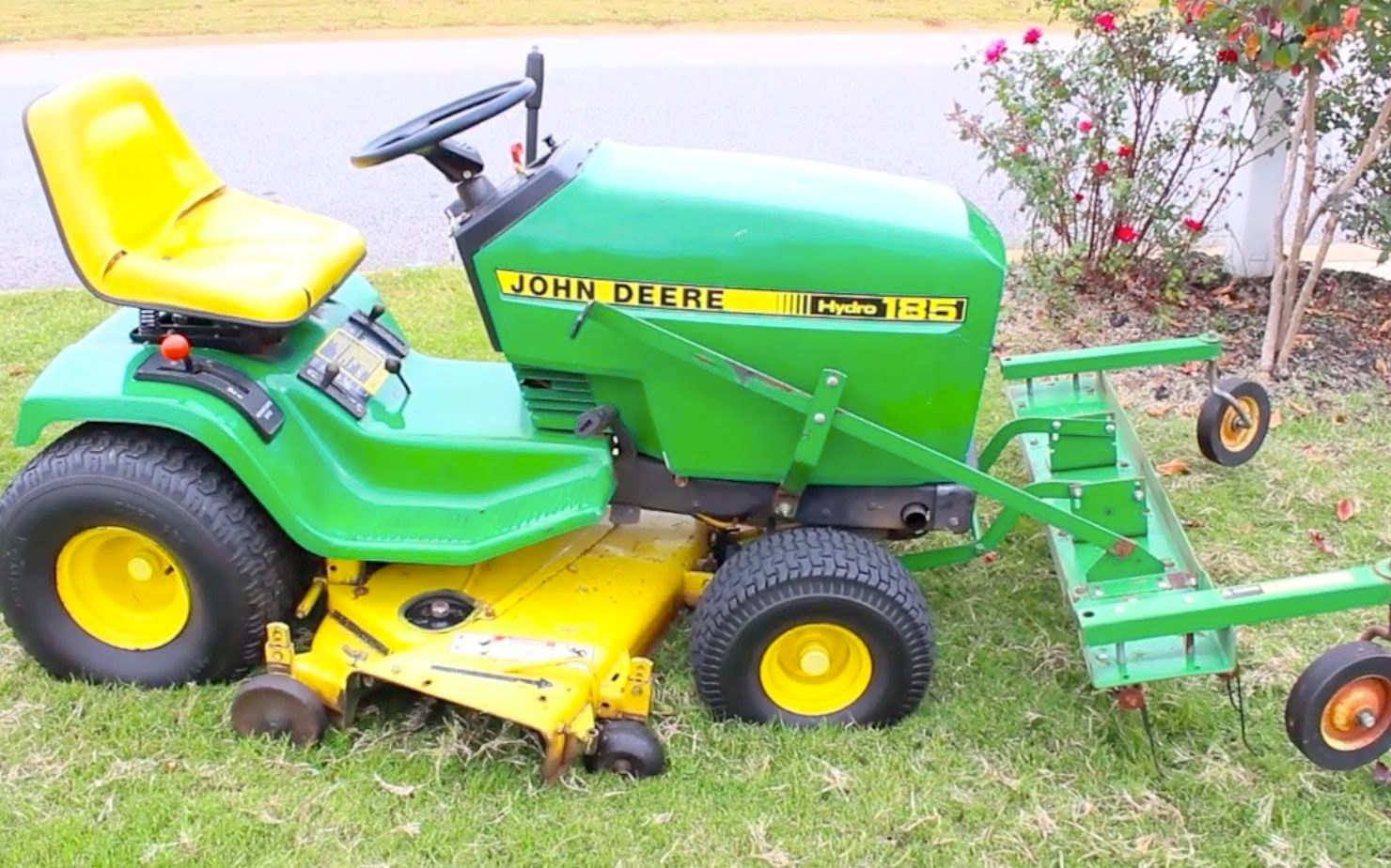 How to dethatch a lawn lawnmower johndeere grass