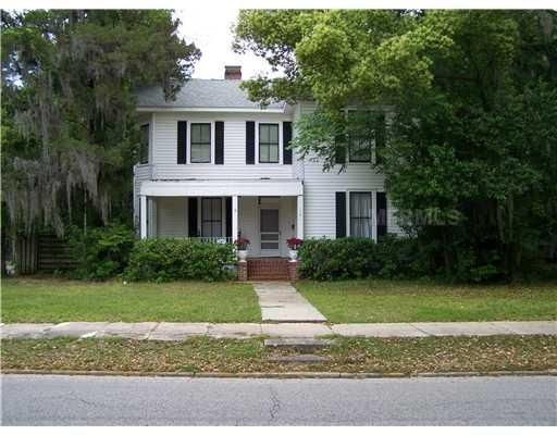 neat old house built in 1900 in leesburg, fl | Cabins