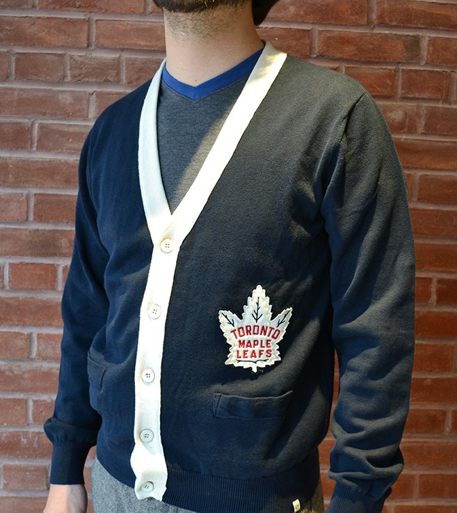 Toronto Maple Leafs Cardigan with 1947/1948 logo