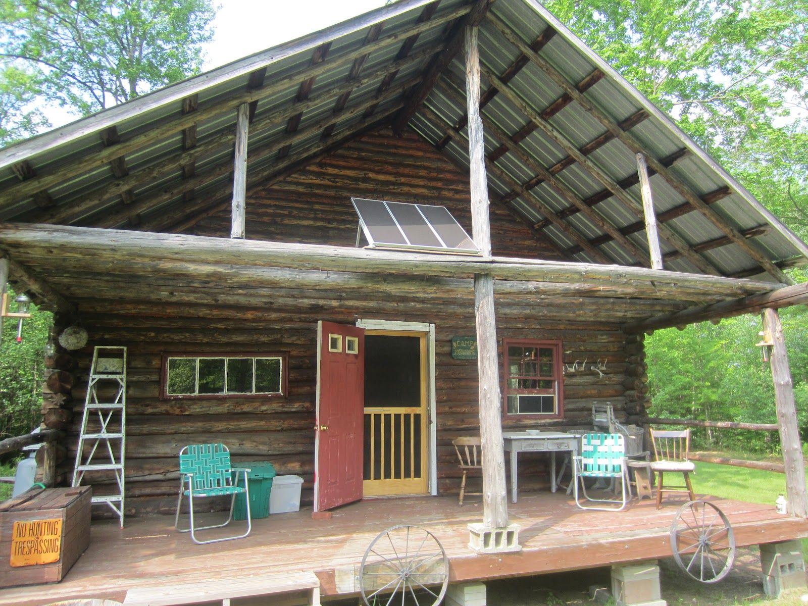 Relaxshacks.com: More scenes/cabins from Tiny House Summer Camp in ...