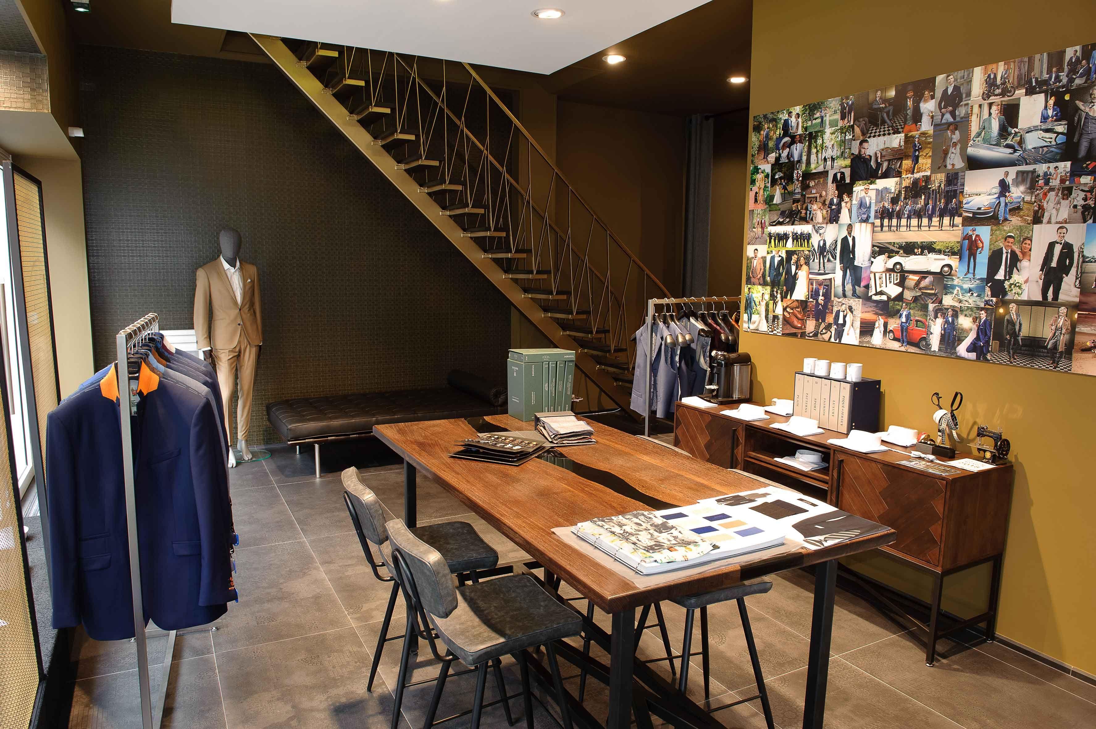 L Atelier 5 Costumes Vetements Sur Mesure Showroom De Nantes Nantes Vetements Sur Mesure Ville France
