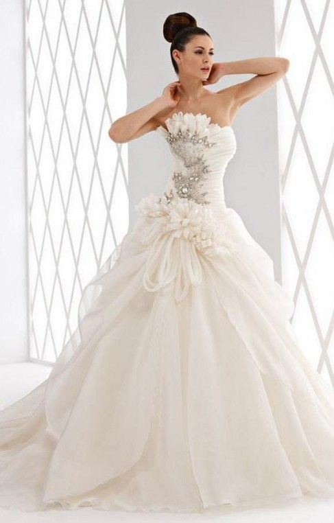 Vestiti Da Sposa Bellissimi.Abiti Da Sposa Piu Belli Del Mondo Vestito Da Sposa Confezionato