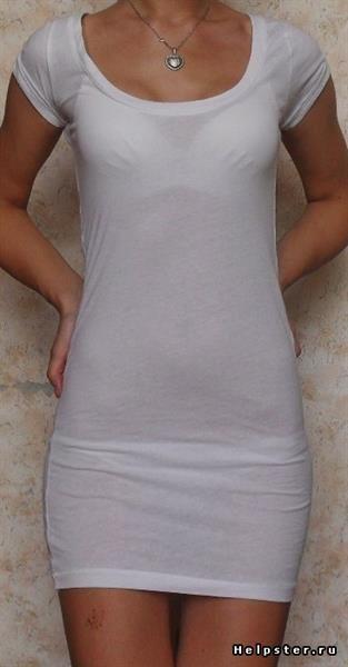 фото у девки видно трусы через штаны