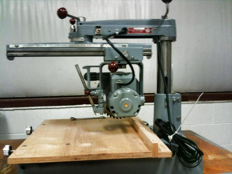 Delta Model 10 Radial Arm Saw For Sale