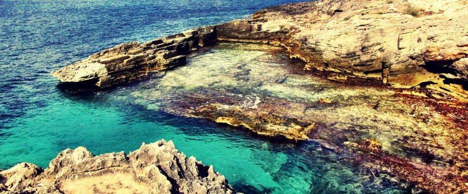 Baños de Cleo in Portocolom, Mallorca  by www.portocolom.com