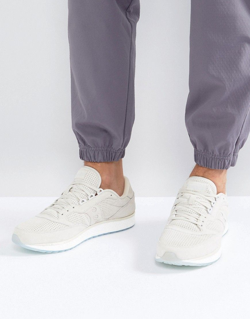 602d09a545d8 SAUCONY FREEDOM RUNNER SNEAKERS IN BEIGE S40001-4 - BEIGE.  saucony  shoes