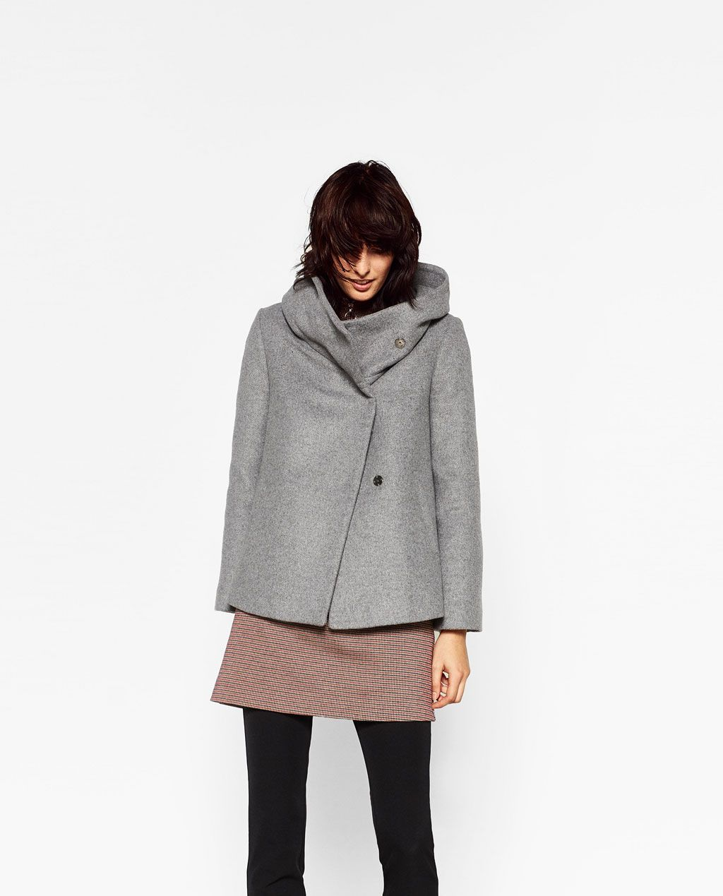 f0ae22343ef0 ABRIGO CORTO CUELLO ENVOLVENTE en 2019 | Moda Mujer | Ropa de abrigo ...
