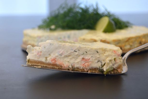 Kermaisa lohi-juustokakku