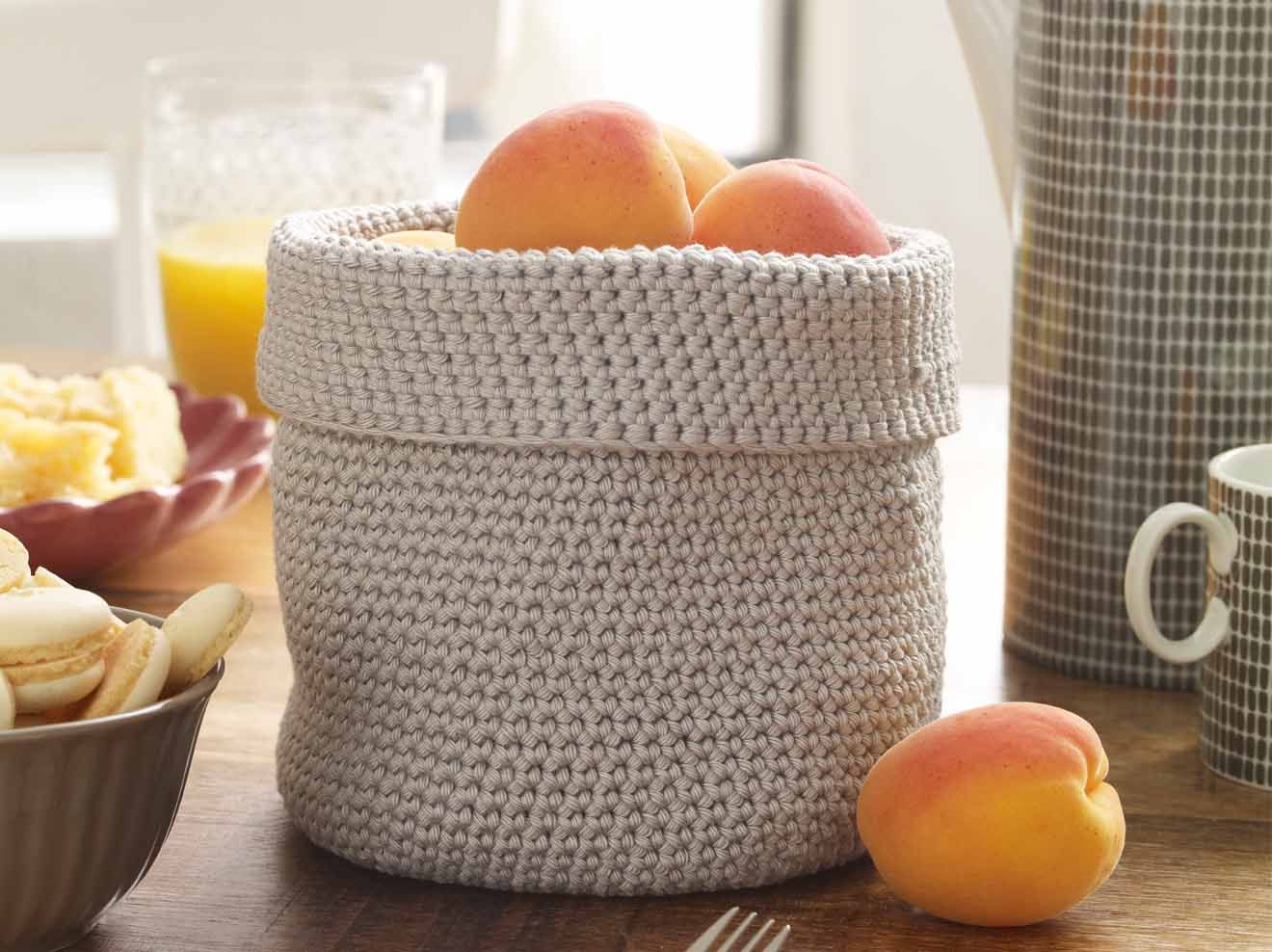 Photo of Crochet pattern: How to crochet your own fruit basket Wonder woman