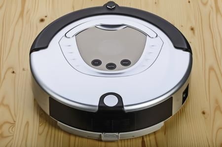 Weighing in on the Pros and Cons of a Robotic Vacuum Cleaner