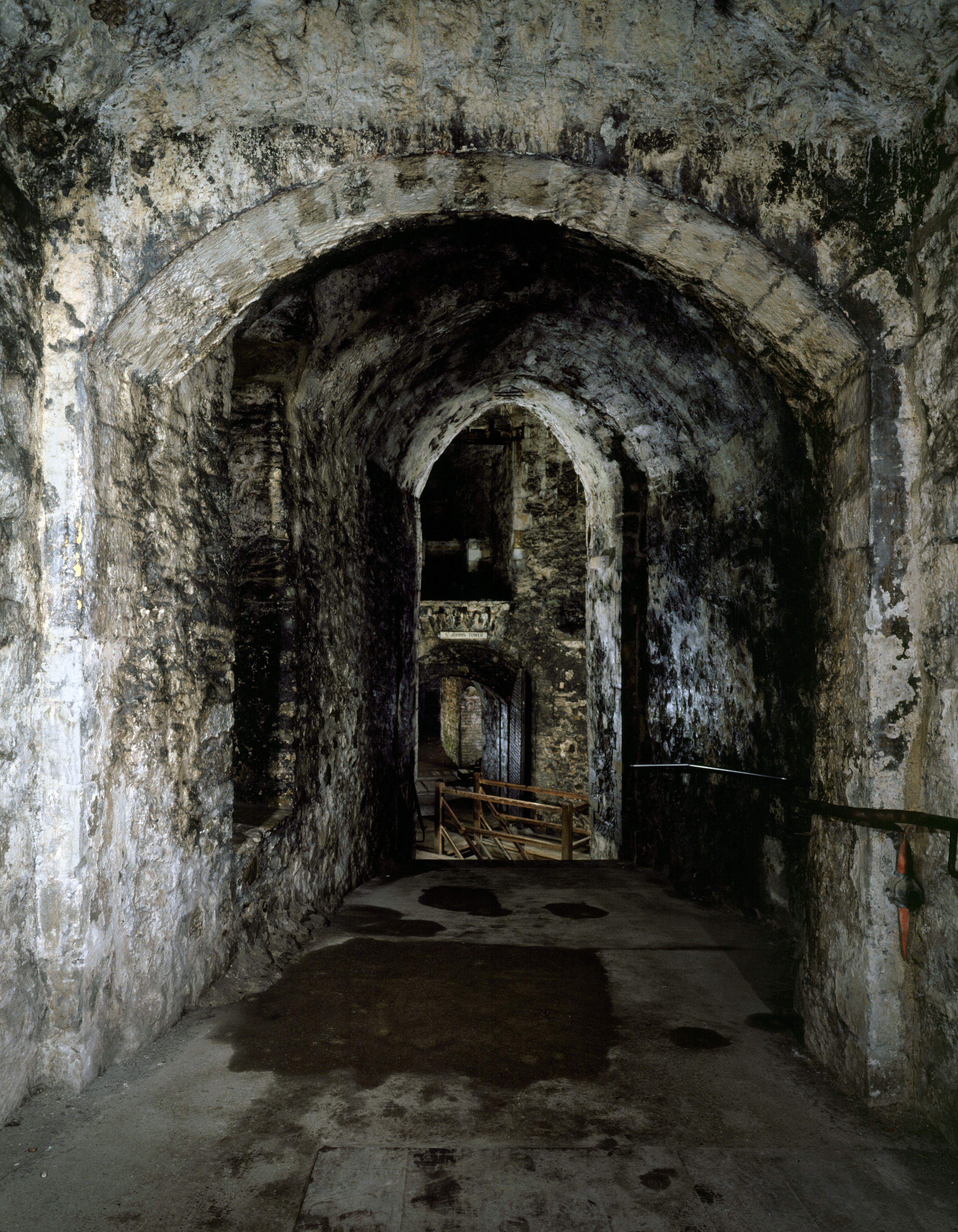все старинные замки фото изнутри подряд таких