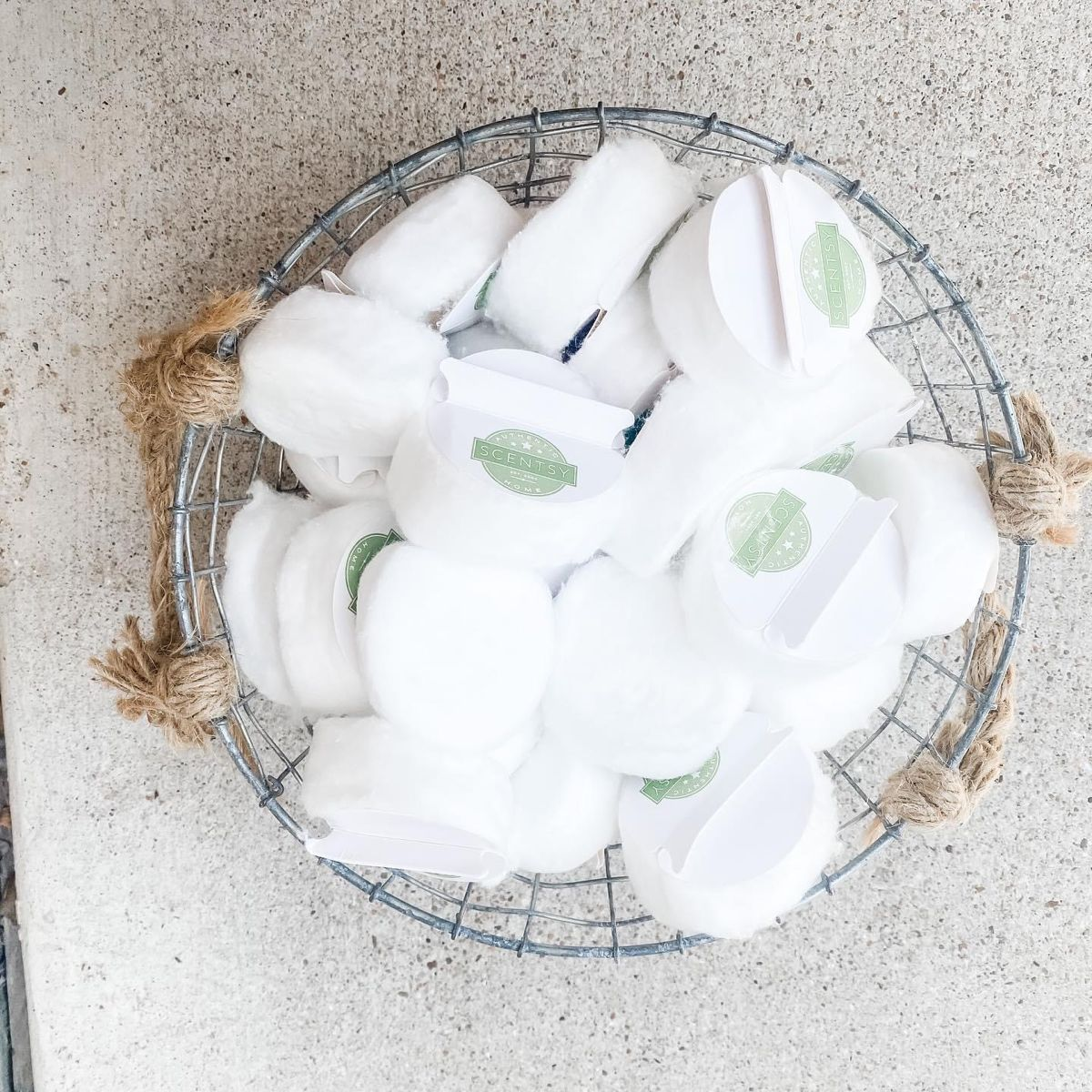 Cotton clean up 25 pack in 2020 scentsy scented wax