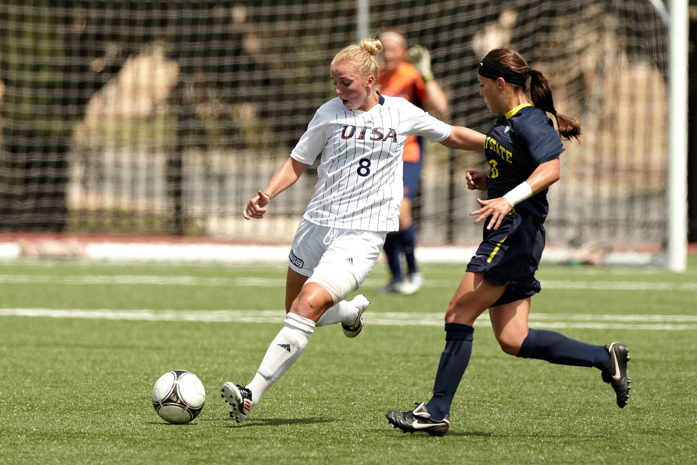 Anka Grotle Utsa Sr D Bremanger Norway Womens Soccer Sports Athlete