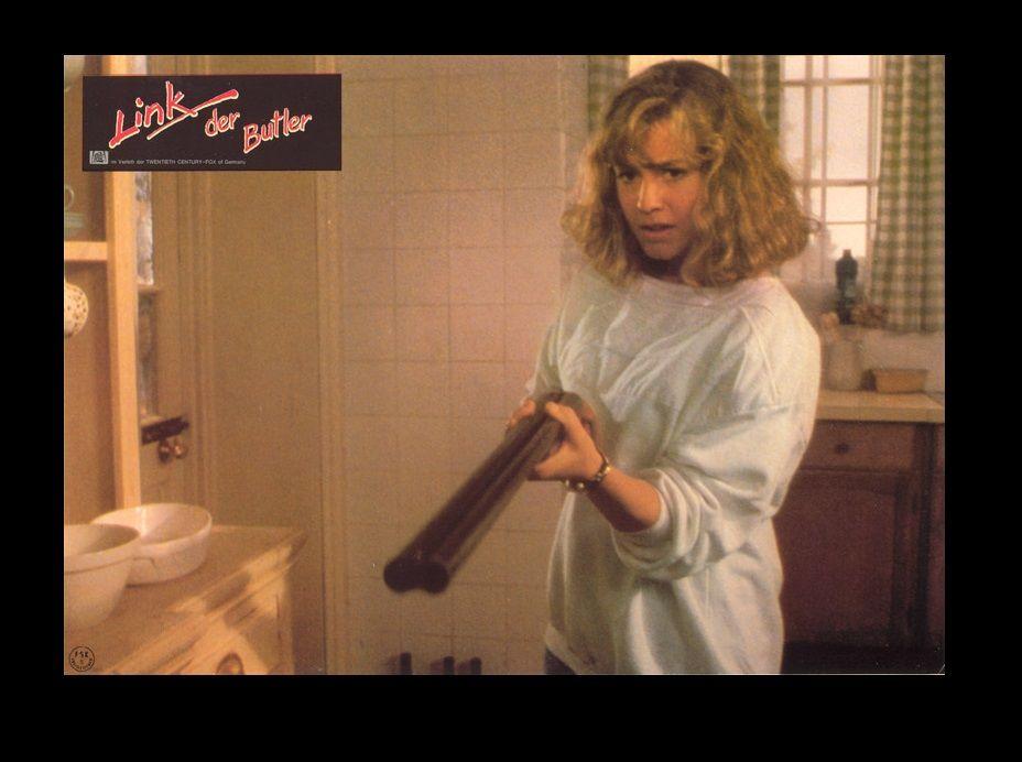 Elisabeth Shue in Link (1986) | Elisabeth shue, Picture ...