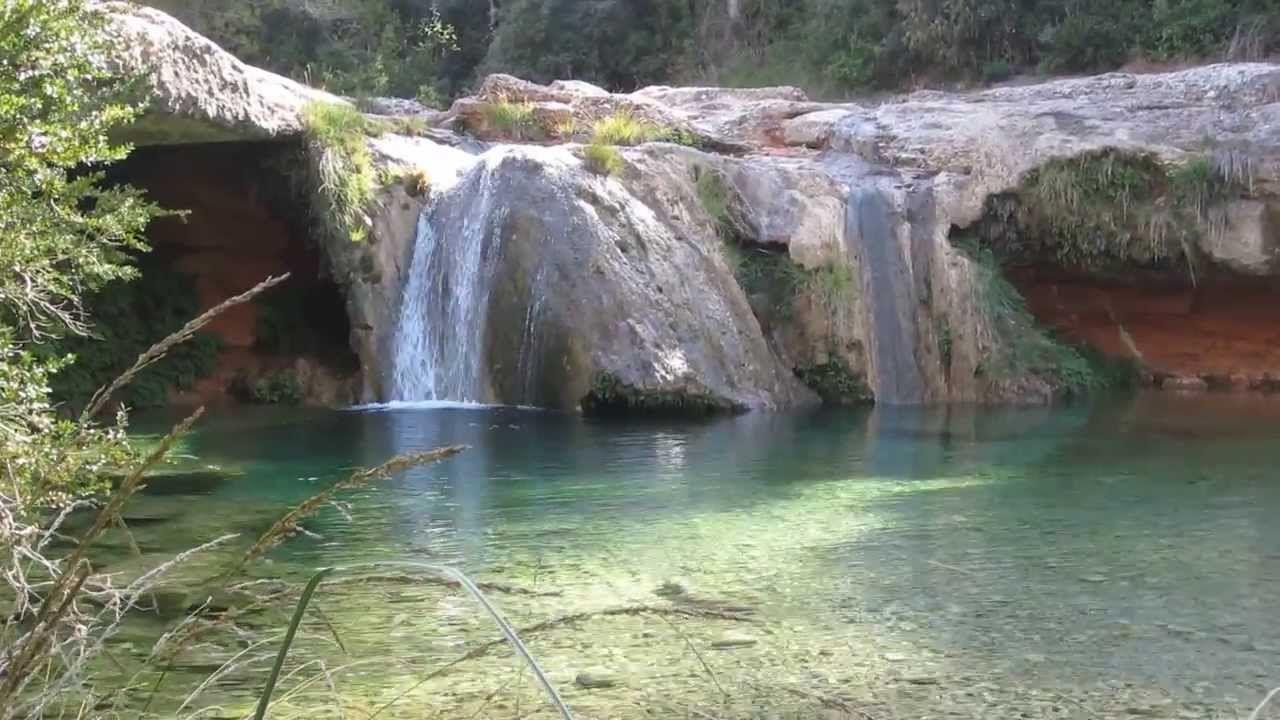 Cascada Que Nada Tiene Que Envidiar A Otras De Países Lejanos Para Relajarse Y Soñar Cascadas Agua Rios Tarragona Elsports Cascadas Relajante Relax