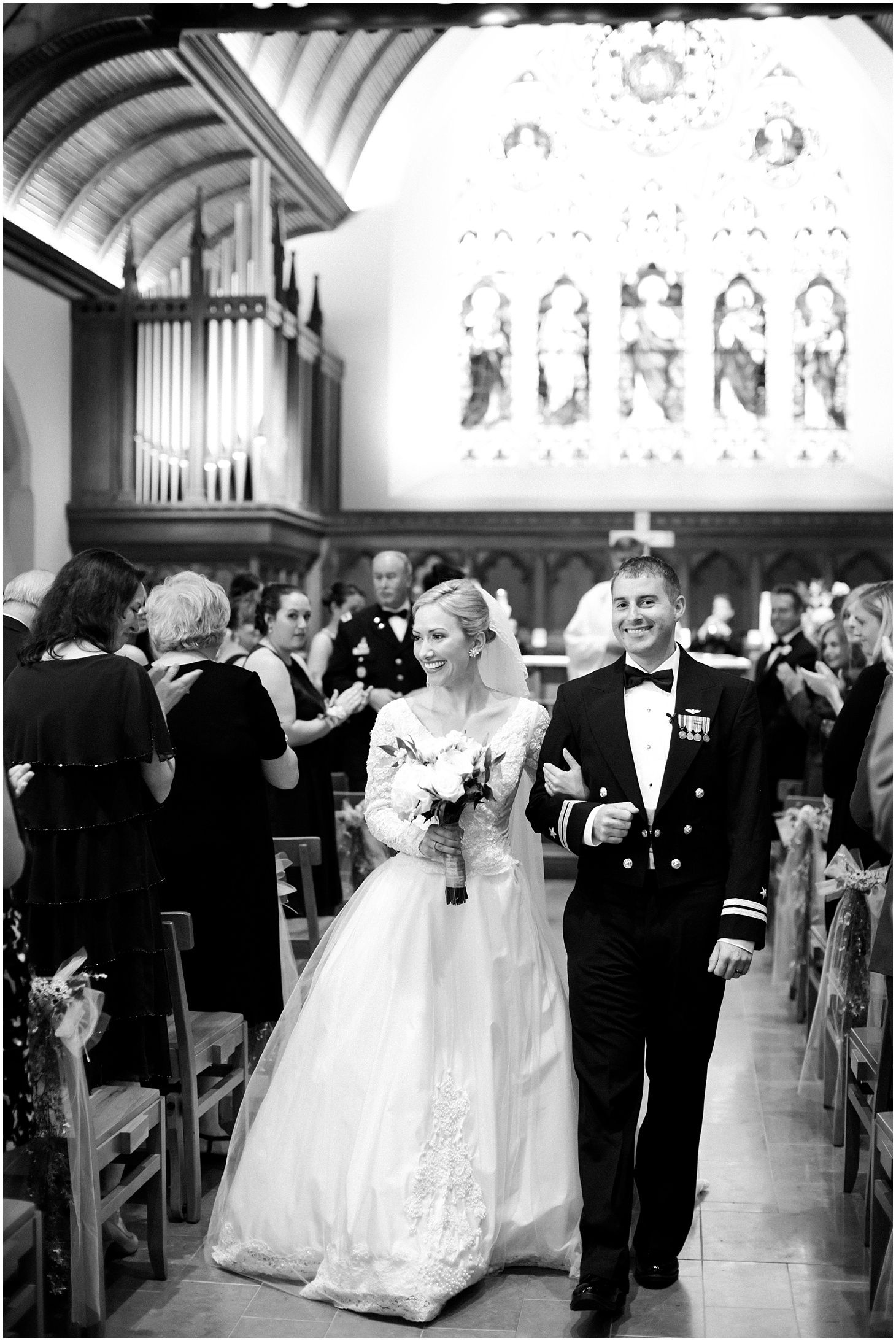 Elegant Navy And White Military Wedding In Georgetown Military Wedding Navy And White Blue Wedding [ 2185 x 1460 Pixel ]