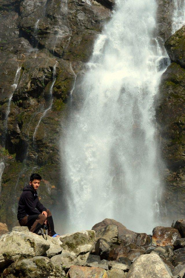 Nuranang Falls | Near Jang village, off the road ...