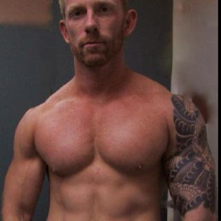 Hot redhead muscle with awesome pecs.