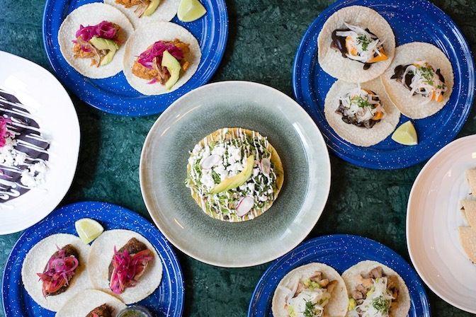 Restaurant Isla Calaca, 1, rue Ambroise Thomas Paris 75009. Envie : Mexicain, Néobistrot. Les plus : Antidépresseur, Voir et se faire voir, 13 à ta...