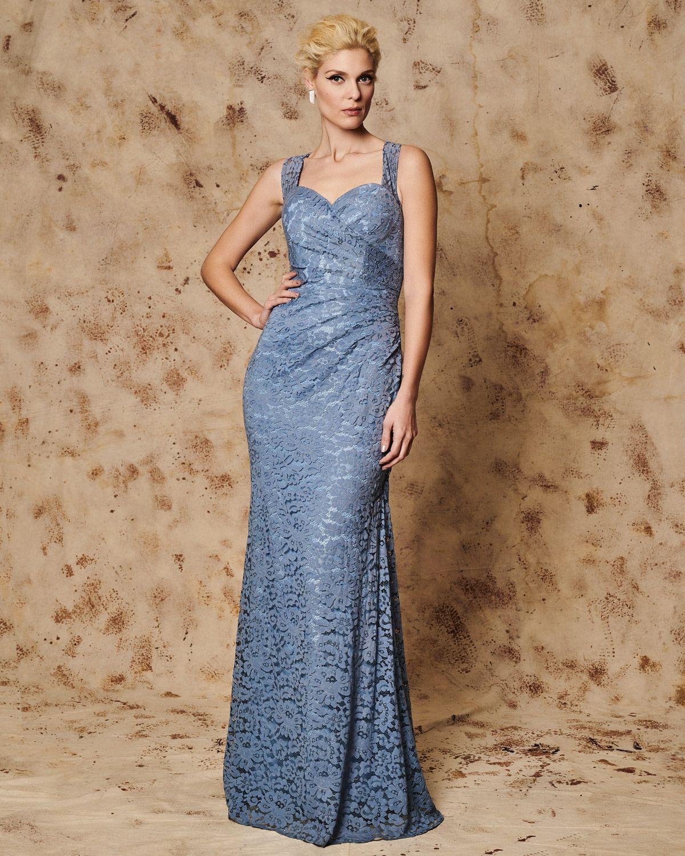 141030e5fdf Κλασικά Φορέματα / Βραδινό μακρύ φόρεμα όλο δαντέλα | amarisso.gr ...