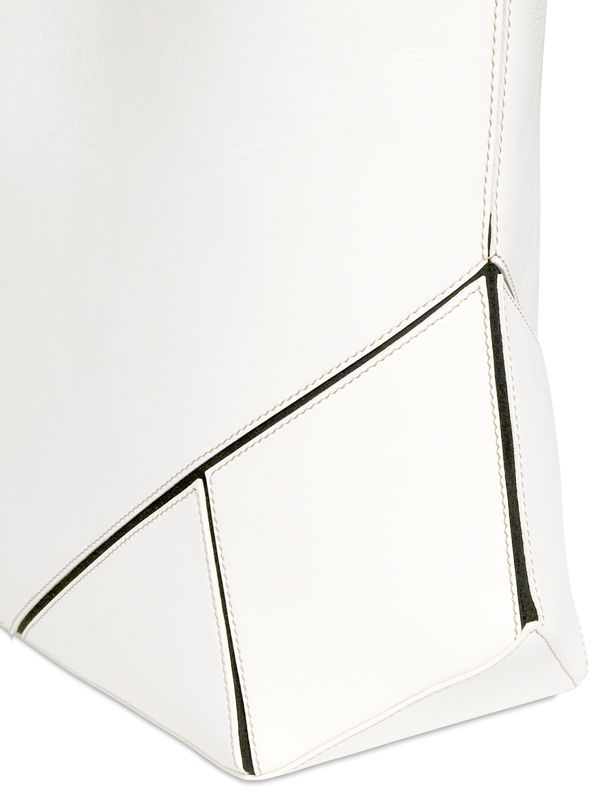 givenchy-easy-nappa-leather-tote-bag-4