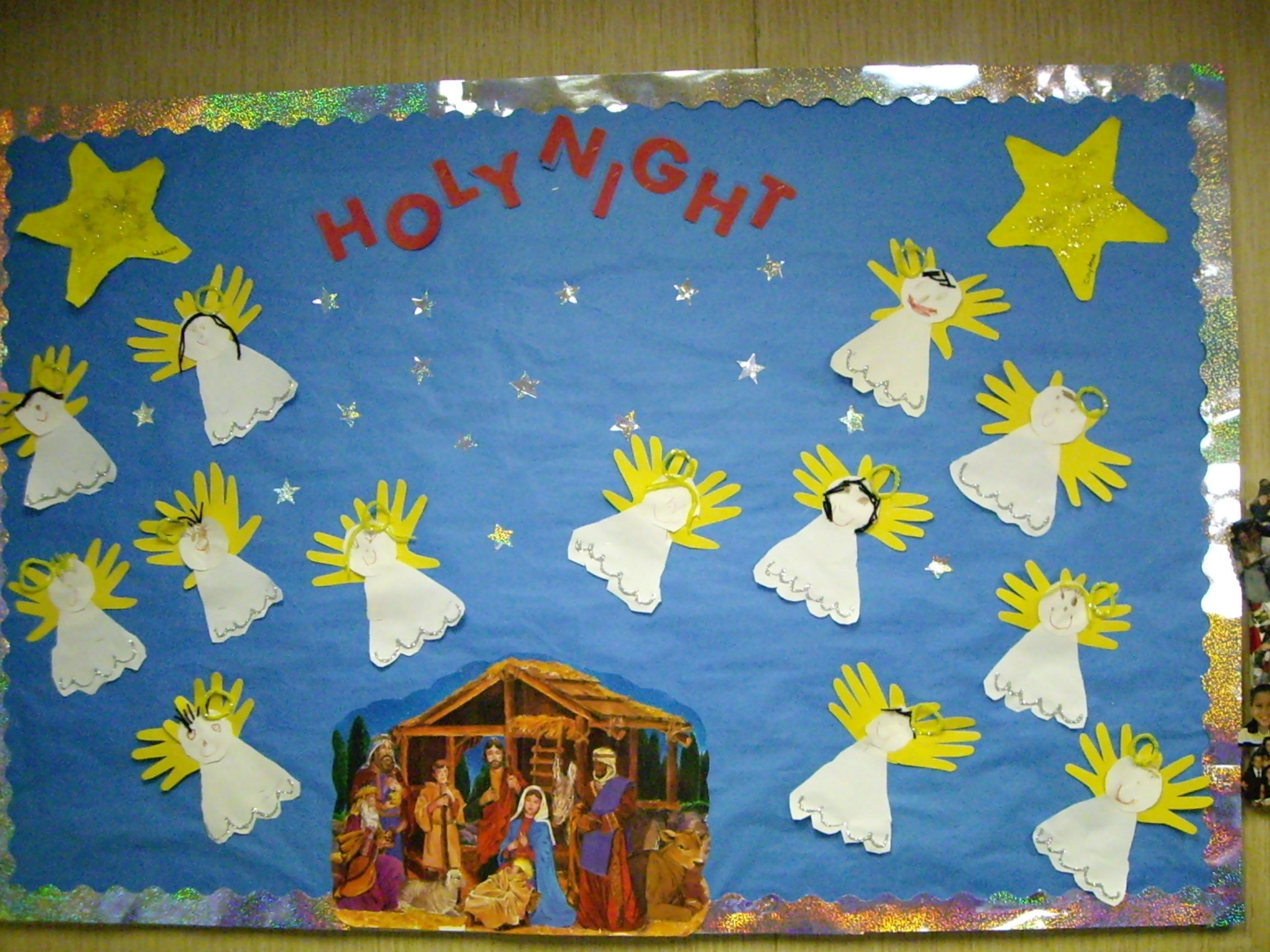 Christmas Bulletin Board By The Wonderful Mrs Suzanne Christmas Bulletin Christmas Bulletin Boards Christmas Bulletin Board