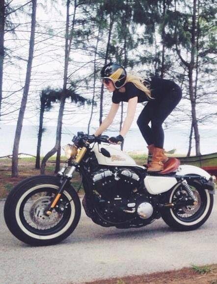 ❤️ Women Riding Motorcycles ❤️ Girls on Bikes ❤️ Biker Babes ❤️ …