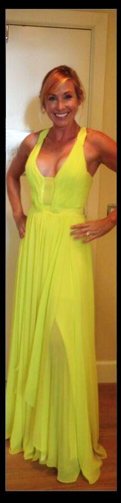 Kari Byron in dress 12 PHOTOS #Dress #KariByron #MythBusters   Fine woman, Dresses