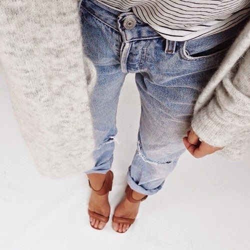 Perfectly slouchy. Boyfriend jeans and a comfy cardigan ...