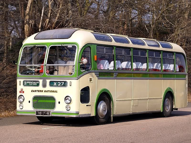 CLASSIC BUS , CLASSIC COACH, VINTAGE BUSES, - TRUCK-UK
