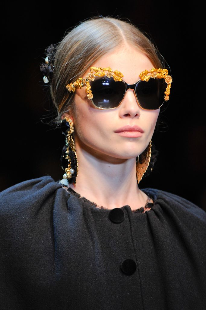 03f009c5595b dolce and gabbana runway makeup - Google Search