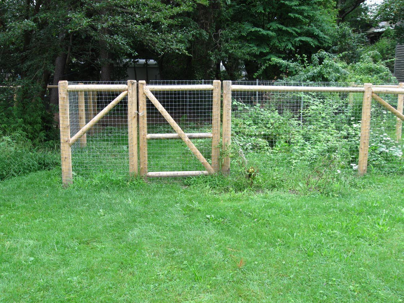 Pallet Fence Diy Dogs