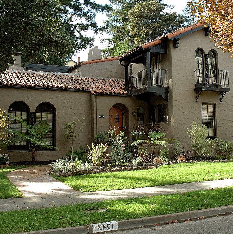 Taupe Exterior House Color Ideas: Benjamin Moore Shenandoah Taupe Exterior Mediterranean