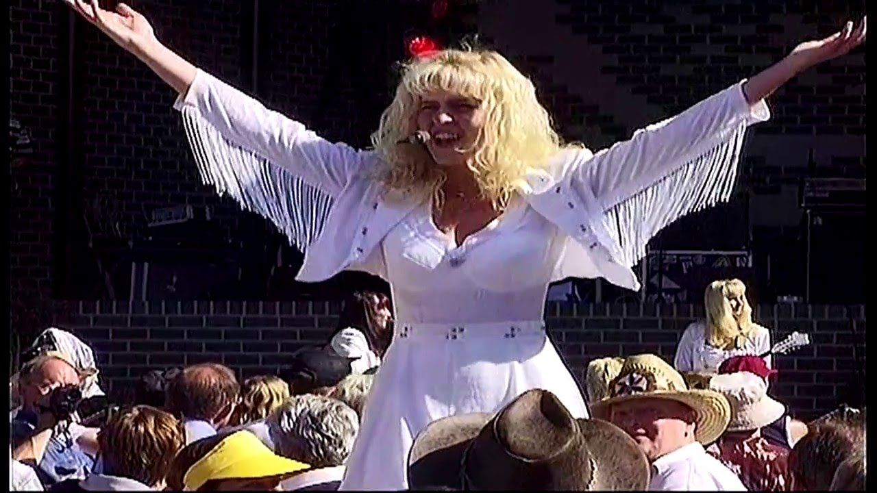 Country Sisters floralia festival country 1998 oosterhout hpvideo Breda ...