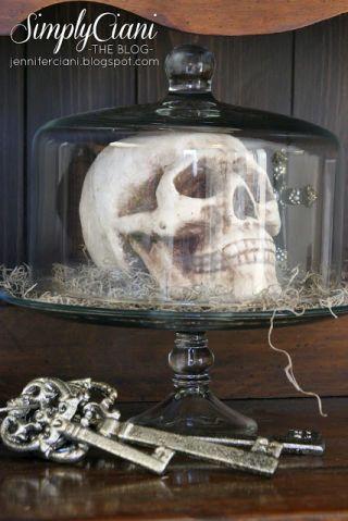 50 of the Easiest, Spookiest Halloween Decorating Ideas Easy
