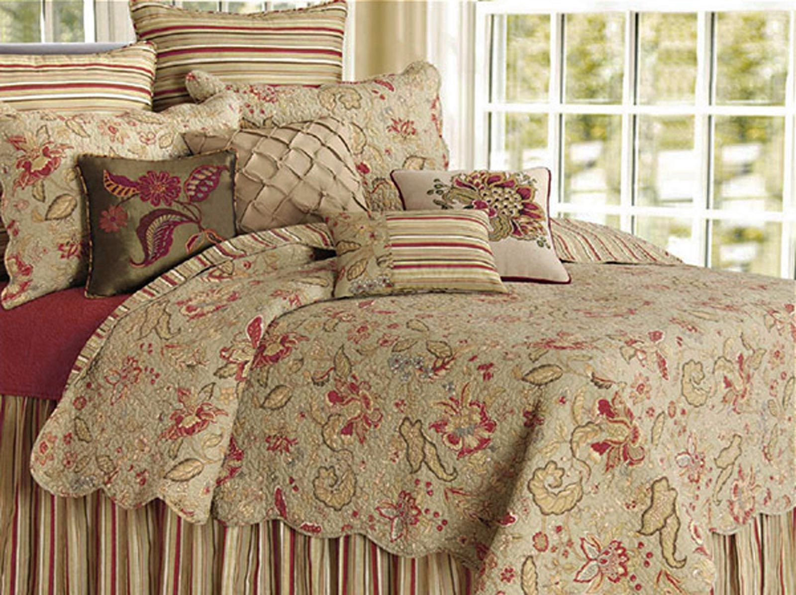 French Country Sage Russett Cornsilk Paisley Quilt