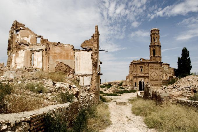 ベルチテは、スペインのサラゴサ県、サラゴサから40kmほど南東の町 ...
