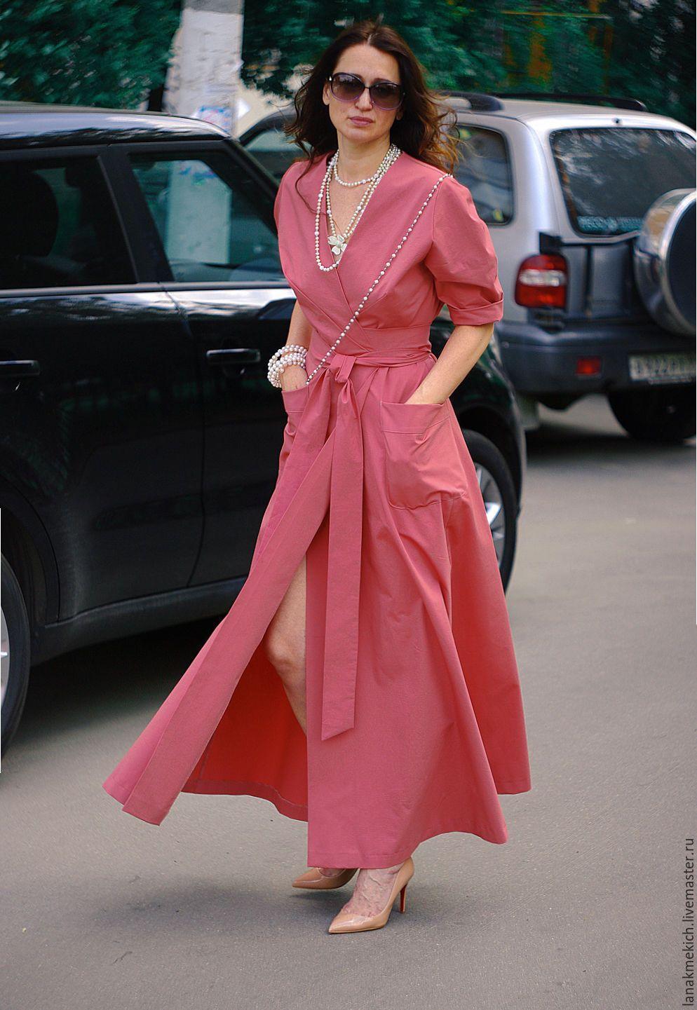 Платье однотонное с пышной