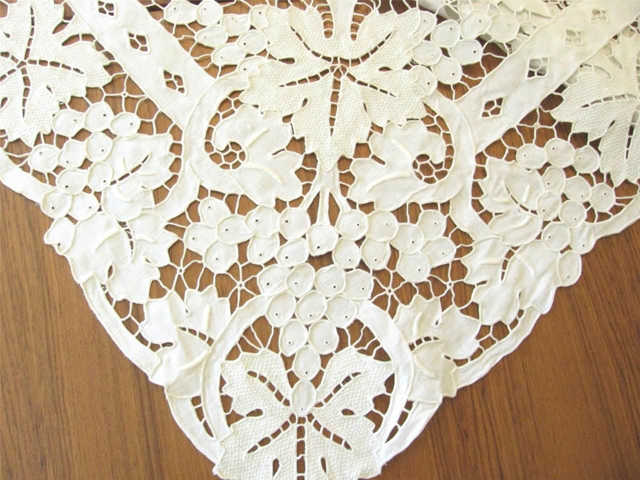 Outline embroidery designs for tablecloth - Incredible Vintage Madeira Embroidery All Cutwork Tablecloth 12 Napkins 68x100