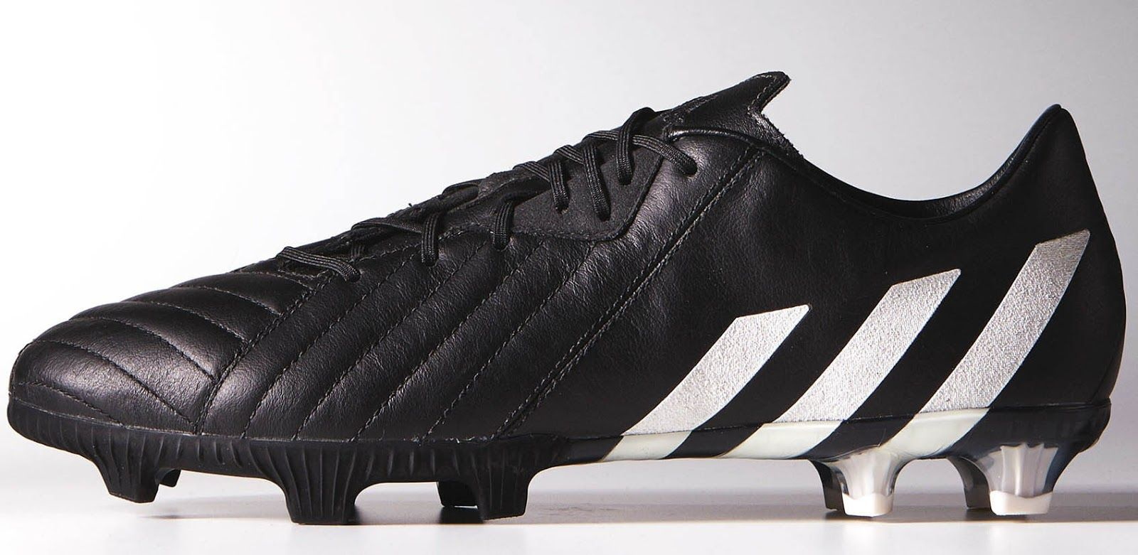 One of the types of cleats that Adidas make with kangaroo leather ... 8bd9fd795299
